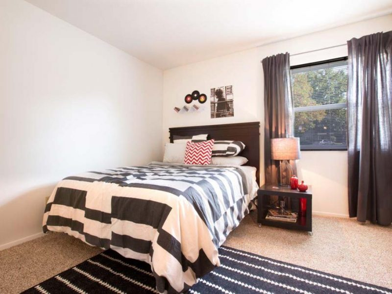 TGM Autumn Woods Apartments Bedroom